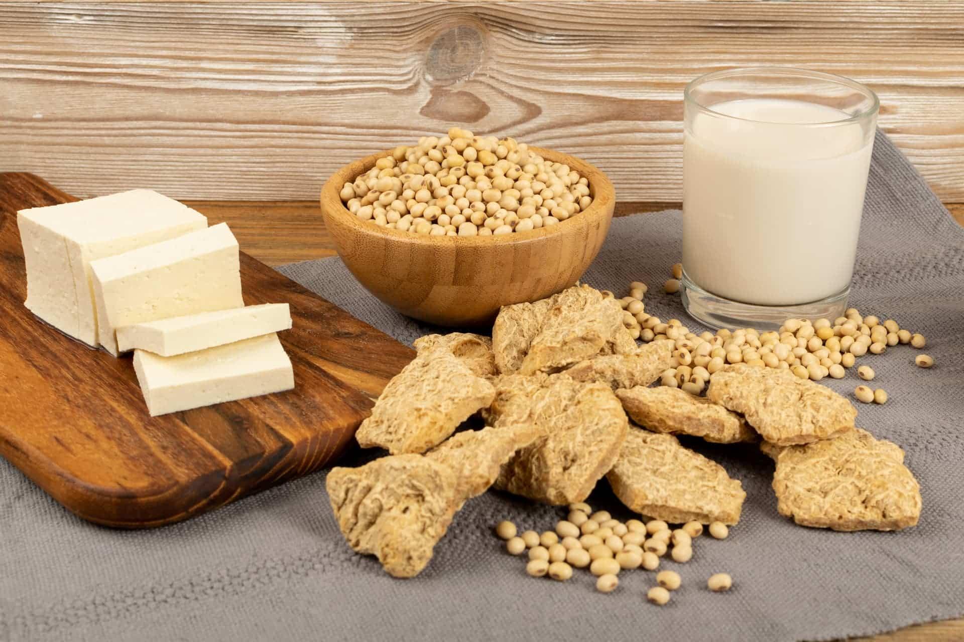 Soja Fleisch und Geschnetzeltes - Platz 1 eiweißhaltige Lebensmittel